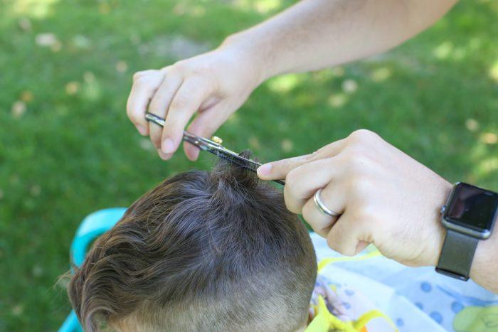 Как подстрич аутичного ребенка